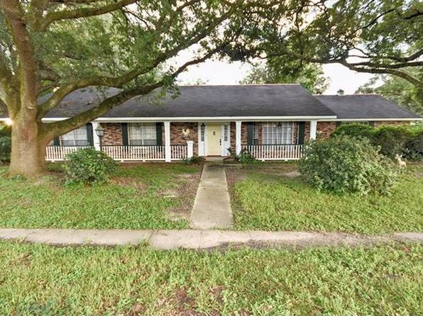 3 bed 2 bath Single Family at 200 W Harding St Destrehan, LA, 70047 is for sale at 160k - 1 of 25