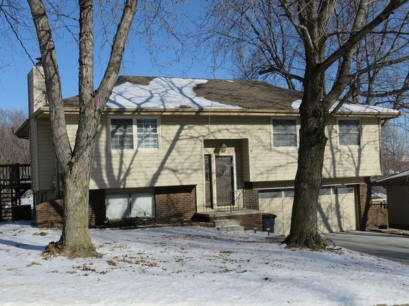3 bed 3 bath Single Family at 203 Sherwood Dr Treynor, IA, 51575 is for sale at 149k - google static map