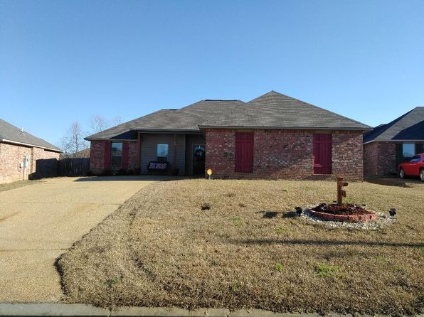 3 bed 2 bath Single Family at 180 Winchester St Byram, MS, 39272 is for sale at 143k - 1 of 25