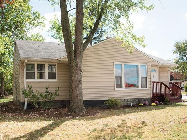 3 bed 1 bath Single Family at 300 Harding St Medina, OH, 44256 is for sale at 110k - 1 of 17