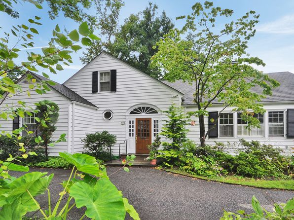 4 bed 4 bath Single Family at 27 Ridgecroft Rd Bronxville, NY, 10708 is for sale at 2.00m - 1 of 22