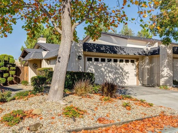 2 bed 2 bath Condo at 1261 Grove Cir Benicia, CA, 94510 is for sale at 415k - 1 of 27