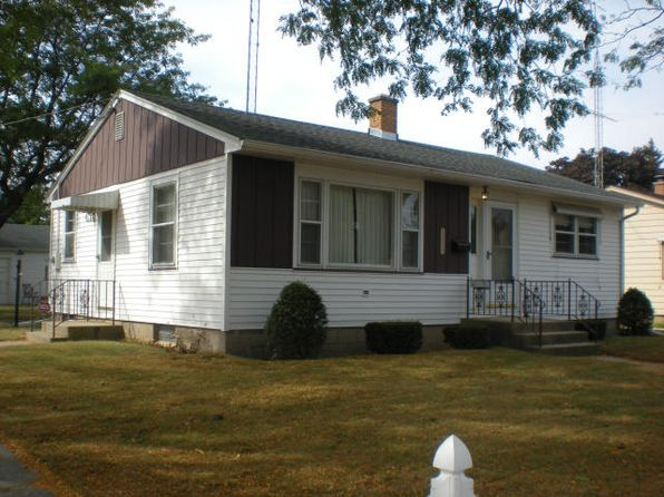 2 bed 2 bath Single Family at 3560 16th Ave Kenosha, WI, 53140 is for sale at 130k - 1 of 17