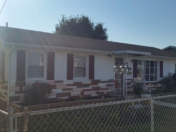 4 bed 1 bath Single Family at 916 Virginia Ave Martinsburg, WV, 25401 is for sale at 130k - 1 of 8