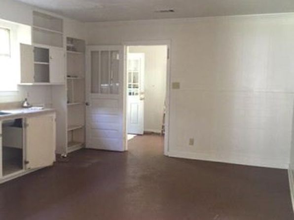 4 bed 2 bath Single Family at 724 Beech St McComb, MS, 39648 is for sale at 75k - 1 of 2