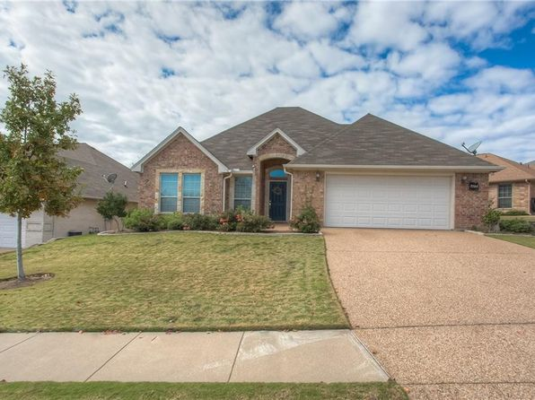 3 bed 3 bath Single Family at 7504 Whitestone Ranch Rd Benbrook, TX, 76126 is for sale at 265k - 1 of 36