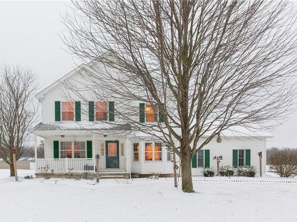 3 bed 3 bath Single Family at 5856 Dunnigan Rd Lockport, NY, 14094 is for sale at 290k - 1 of 26