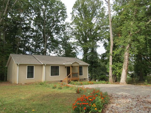 3 bed 2 bath Single Family at 15 SAND HILL SCHOOL RD ASHEVILLE, NC, 28806 is for sale at 230k - 1 of 23