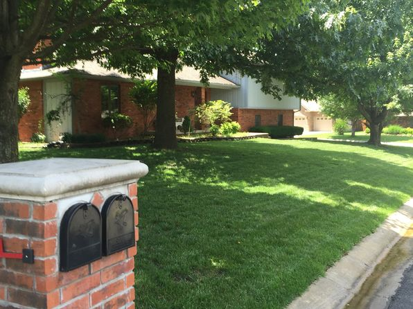 4 bed 3 bath Single Family at 3402 Hackberry Ln Joplin, MO, 64801 is for sale at 195k - 1 of 5