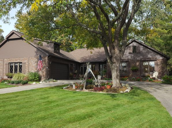 4 bed 3 bath Single Family at 327 VALLEY DR ZEELAND, MI, 49464 is for sale at 289k - 1 of 21