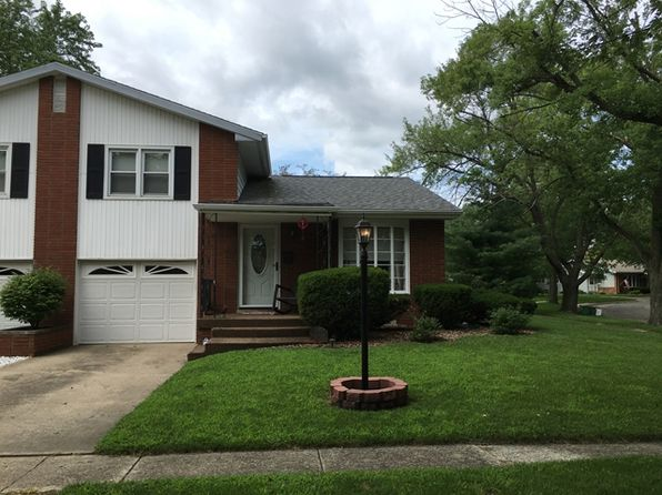 2 bed 2 bath Single Family at 1301 S Oak St Pontiac, IL, 61764 is for sale at 83k - 1 of 16