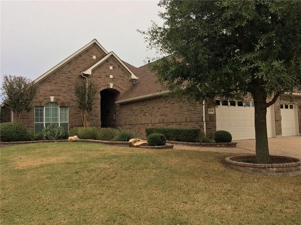 2 bed 3 bath Single Family at 10208 COUNTRYSIDE DR DENTON, TX, 76207 is for sale at 480k - 1 of 26