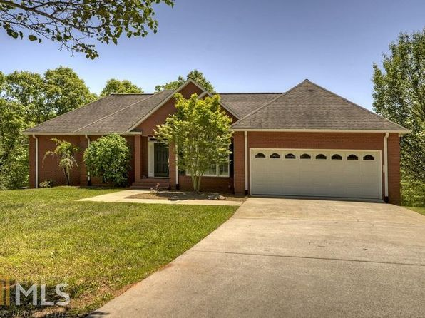 3 bed 3 bath Single Family at 286 Belaire Dr Copperhill, TN, 37317 is for sale at 315k - 1 of 32