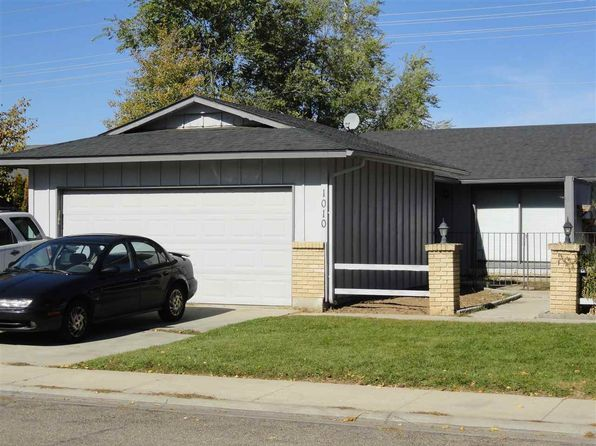 2 bed 1 bath Townhouse at 1010 W Crest Wood Dr Meridian, ID, 83642 is for sale at 152k - 1 of 14