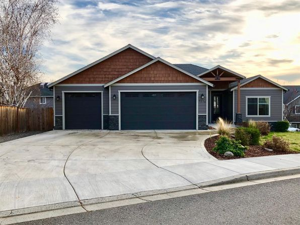 5 bed 3 bath Single Family at 3274 Wheat Ridge Dr Medford, OR, 97504 is for sale at 425k - 1 of 20