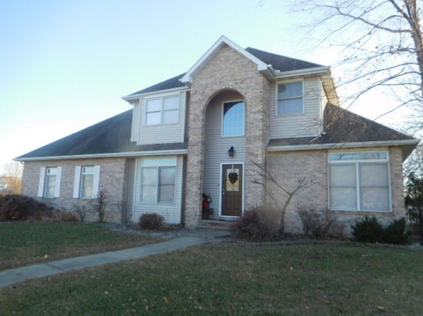 3 bed 3 bath Single Family at 500 Neipswah Ave Rantoul, IL, 61866 is for sale at 175k - 1 of 22