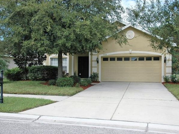 3 bed 2 bath Single Family at 5718 Sheer Bliss Loop Land O Lakes, FL, 34639 is for sale at 220k - 1 of 20
