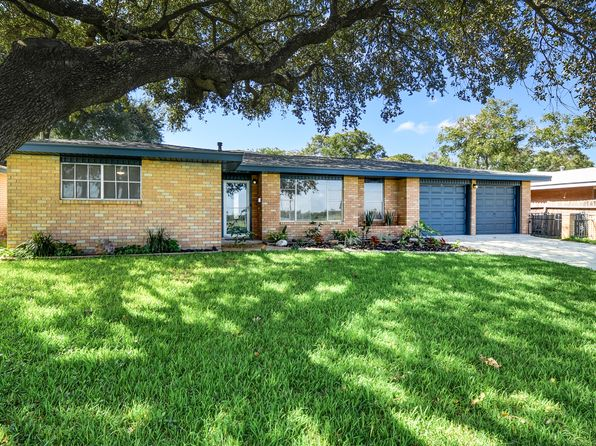 3 bed 2 bath Single Family at 3711 Meadowlark Ave San Antonio, TX, 78210 is for sale at 162k - 1 of 18
