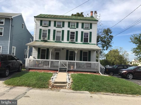 4 bed 2 bath Single Family at 3033 Chestnut St Lafayette Hill, PA, 19444 is for sale at 300k - 1 of 16