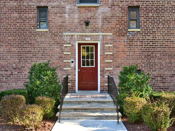1 bed 1 bath Condo at 322 Richbell Rd Mamaroneck, NY, 10543 is for sale at 105k - 1 of 17