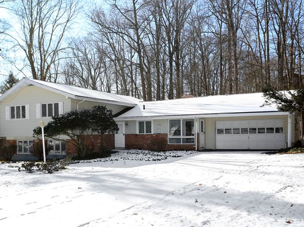 5 bed 3 bath Single Family at 1 Stone Rd Chappaqua, NY, 10514 is for sale at 780k - 1 of 15