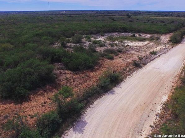 null bed null bath Single Family at 69.6 Acres County Road 651 Devine, TX, 78106 is for sale at 350k - 1 of 22