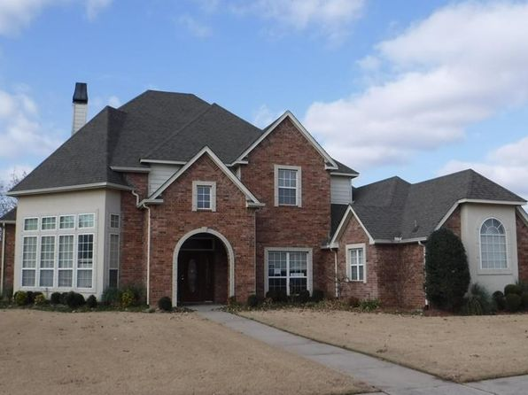 4 bed 5 bath Single Family at 7816 E Dallas St Broken Arrow, OK, 74014 is for sale at 315k - 1 of 17