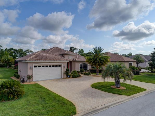 3 bed 2 bath Single Family at 8426 Charleston Dr Weeki Wachee, FL, 34613 is for sale at 300k - 1 of 39