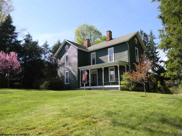 3 bed 3 bath Single Family at 206 Jackson St Kingwood, WV, 26537 is for sale at 172k - 1 of 20