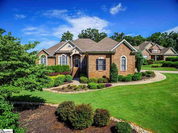 4 bed 4 bath Single Family at 1 Rosefield Ct Fountain Inn, SC, 29644 is for sale at 420k - 1 of 36