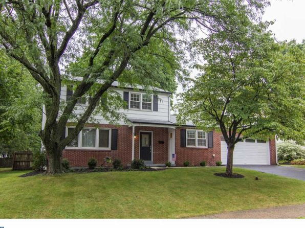 3 bed 2.5 bath Single Family at 837 Lombardy Dr Lansdale, PA, 19446 is for sale at 297k - 1 of 24