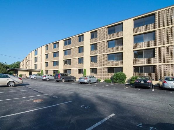 2 bed 2 bath Condo at 175 Hoffman Ave Cranston, RI, 02920 is for sale at 165k - 1 of 12