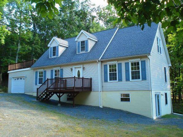 4 bed 3 bath Single Family at 098 Surrey La Hemlock Farms Hawley, PA, 18428 is for sale at 169k - 1 of 5