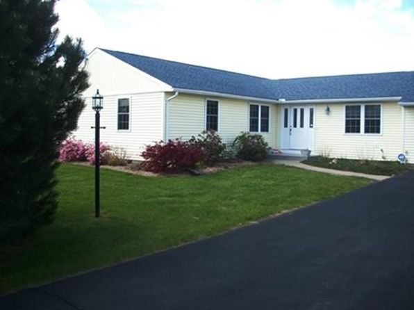 3 bed 2 bath Single Family at 02 Evangeline Dr Wilbraham, MA, 01095 is for sale at 285k - 1 of 9