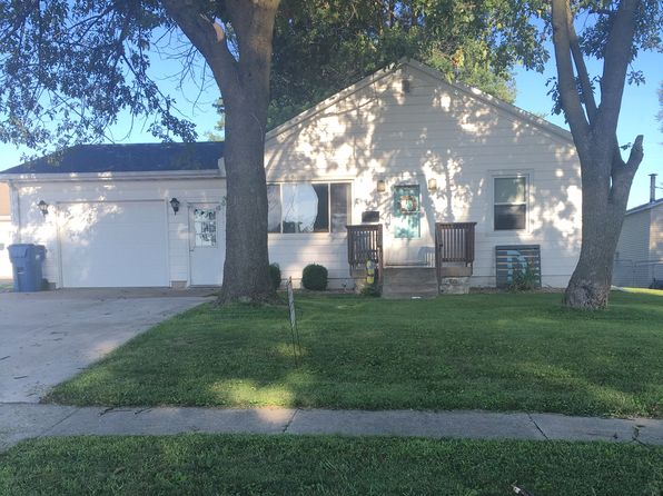 2 bed 1 bath Single Family at 812 N Main St Palmyra, MO, 63461 is for sale at 105k - 1 of 10