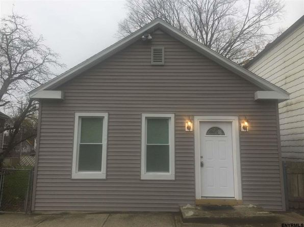 2 bed 1 bath Single Family at 785 6th Ave Troy, NY, 12182 is for sale at 120k - 1 of 11