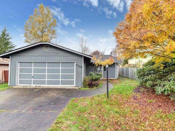 3 bed 1 bath Single Family at 1705 S 88th St Tacoma, WA, 98444 is for sale at 250k - 1 of 23
