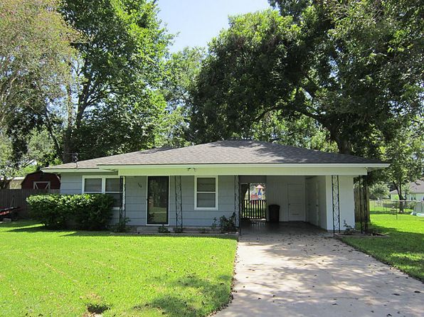 3 bed 1 bath Single Family at 504 Breezy Ln Wharton, TX, 77488 is for sale at 97k - 1 of 13