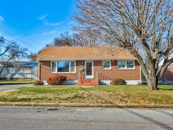 3 bed 2 bath Single Family at 507 Bonhill Dr NW Roanoke, VA, 24012 is for sale at 130k - 1 of 34