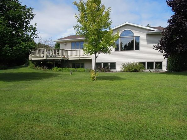 3 bed 3 bath Single Family at 13 N Ashland Ave Sturgeon Bay, WI, 54235 is for sale at 200k - 1 of 14