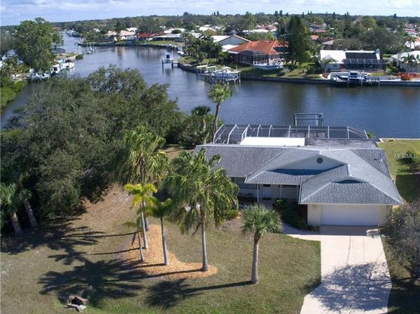 2 bed 2 bath Single Family at 1946 SAN REMO POINT DR ENGLEWOOD, FL, 34223 is for sale at 425k - 1 of 22