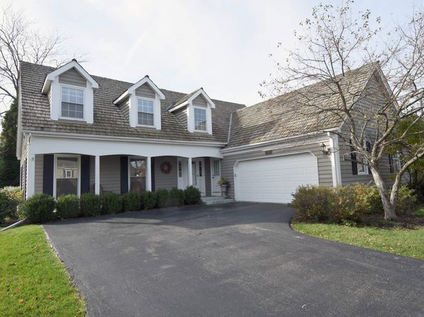 4 bed 3 bath Single Family at 102 Whitney Dr Barrington, IL, 60010 is for sale at 419k - 1 of 28