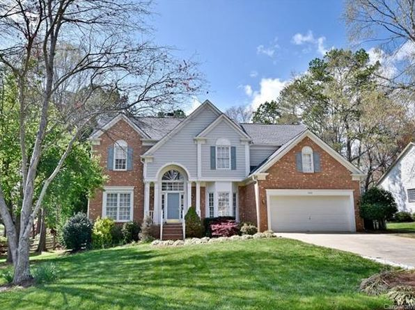 5 bed 3 bath Single Family at 8929 Parkcrest St Huntersville, NC, 28078 is for sale at 326k - 1 of 23