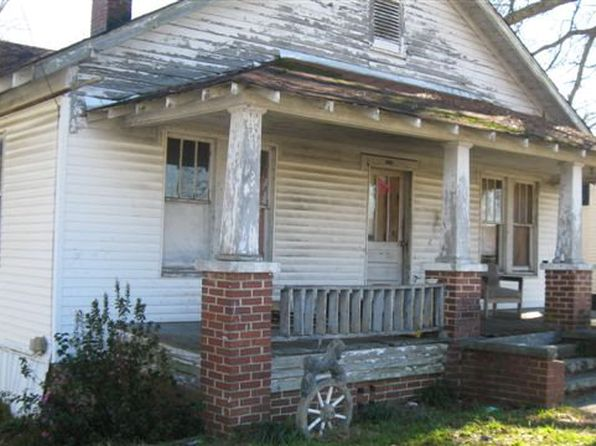 3 bed 1 bath Single Family at 2080 Russell St Orangeburg, SC, 29115 is for sale at 30k - 1 of 7