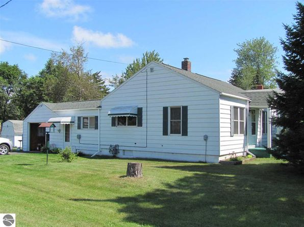 2 bed 1 bath Single Family at 401 North St E Tawas City, MI, 48763 is for sale at 52k - 1 of 10