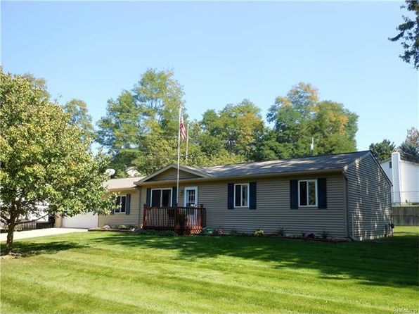 3 bed 1 bath Single Family at 6260 N Bay Clarkston, MI, 48346 is for sale at 160k - 1 of 33