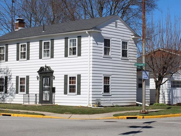 3 bed 2 bath Single Family at 201 W Jefferson St New Carlisle, OH, 45344 is for sale at 90k - google static map