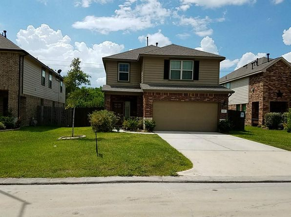 4 bed 3 bath Single Family at 8327 Broadleaf Ave Baytown, TX, 77521 is for sale at 225k - 1 of 25