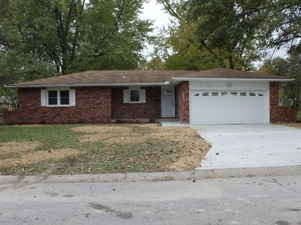 4 bed 3 bath Single Family at 1007 Miss Belle St Excelsior Springs, MO, 64024 is for sale at 170k - 1 of 25