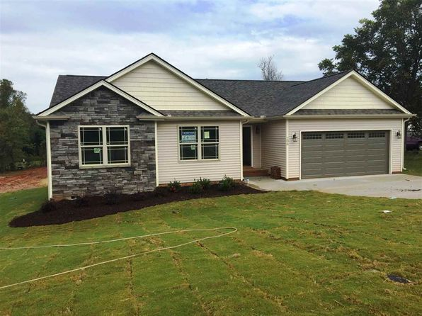 3 bed 2 bath Single Family at 208 WINDING CREEK WAY LYMAN, SC, 29365 is for sale at 180k - 1 of 18